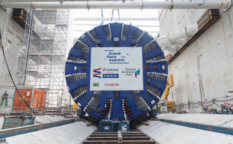 Grand Paris Express: la roue de coupe du 2e tunnelier du lot TB2 descendue