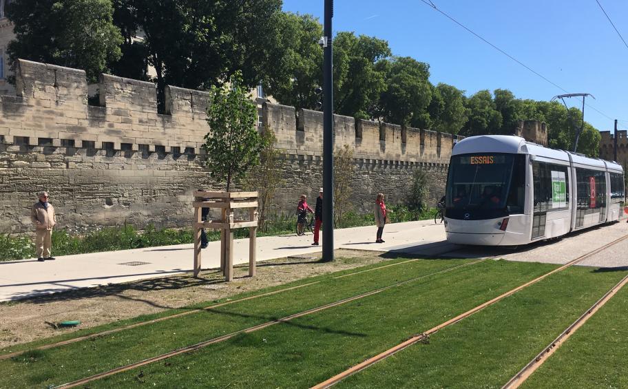 Eiffage Route sur le tramway du Grand Avignon