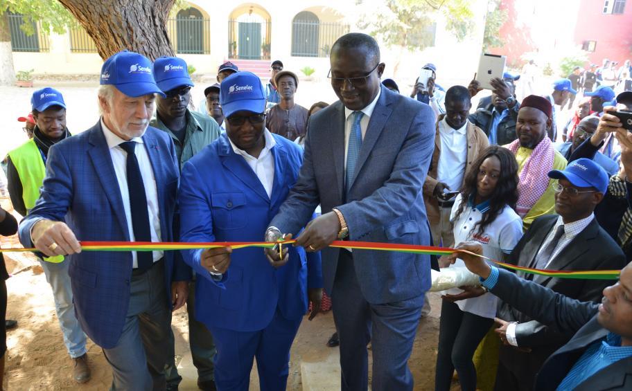 Sénégal : un nouveau câble électrique pour Gorée